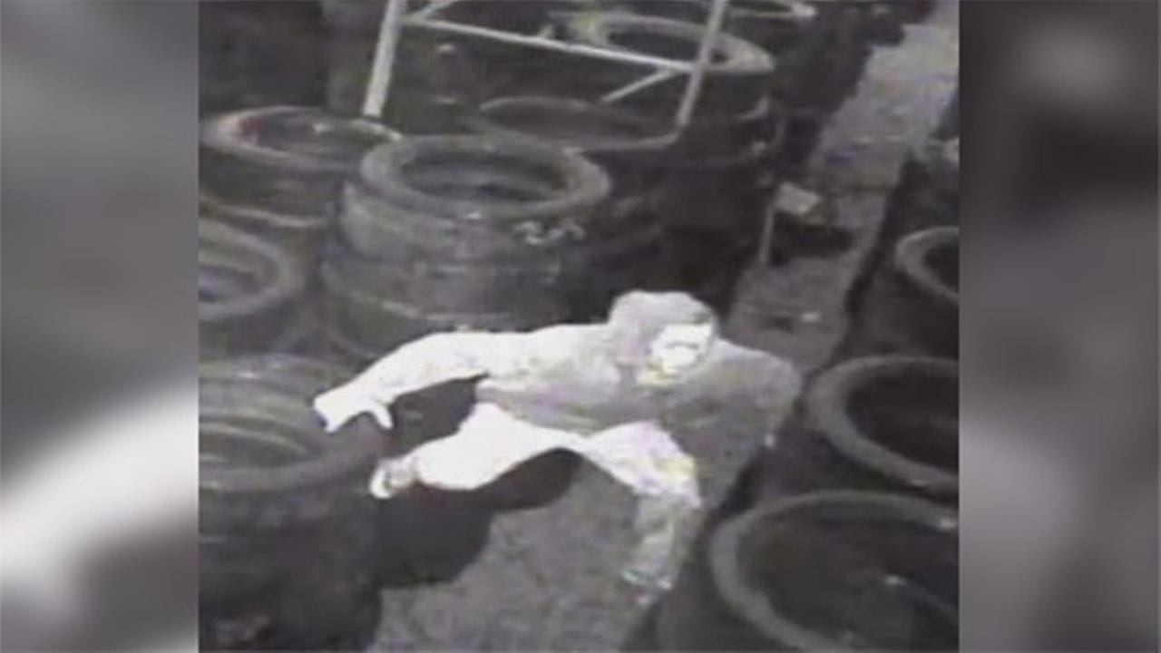 Suspect sought in Kensington tire shop burglary