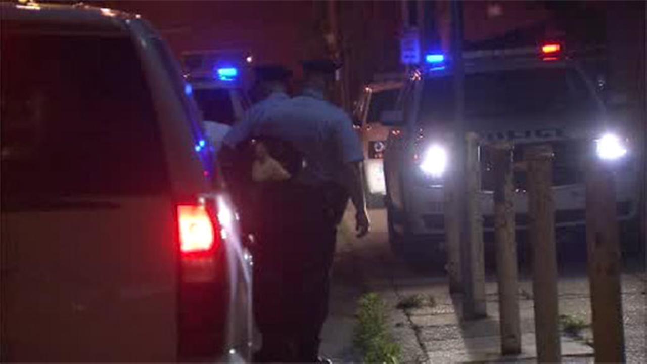 Man shot 3 times in Kensington