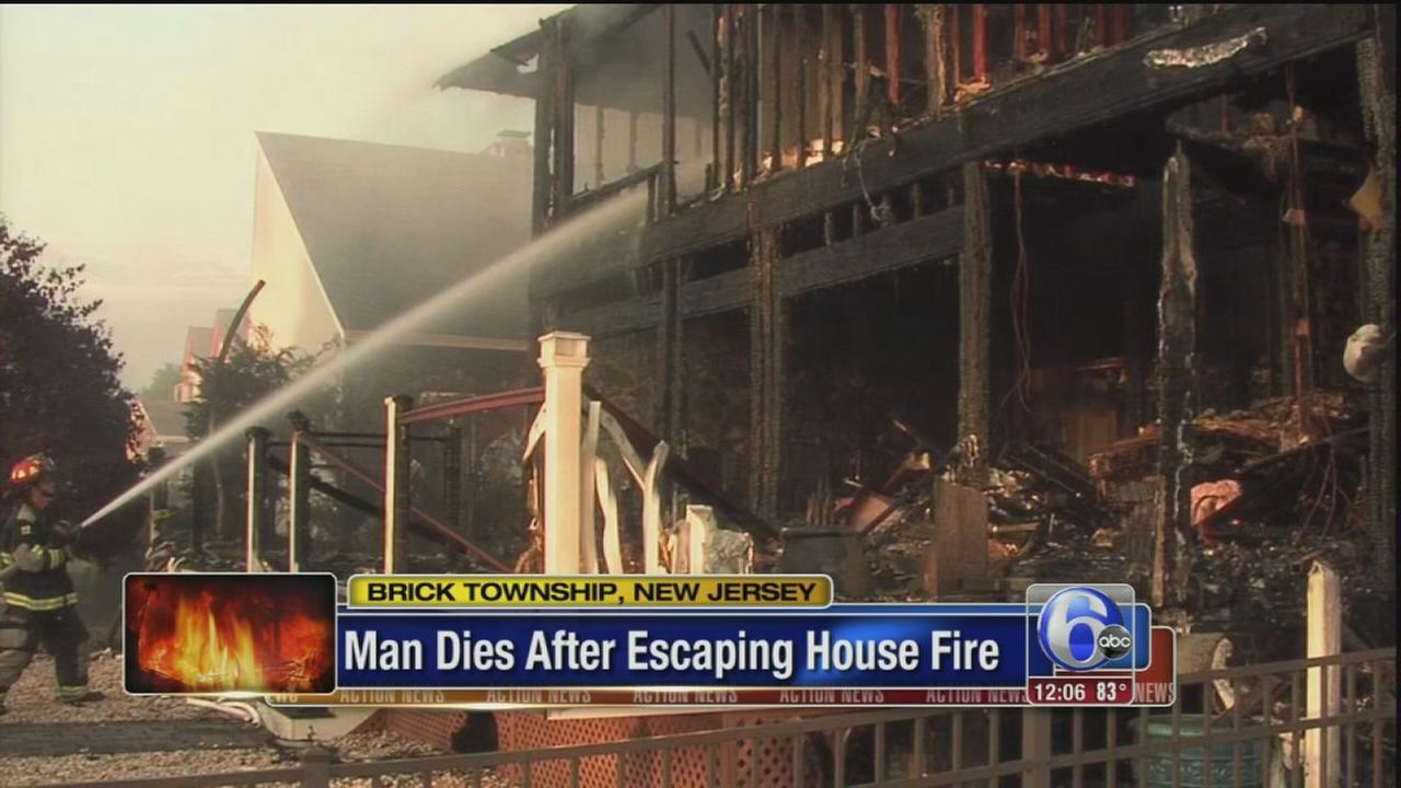 VIDEO: Man dies after escaping house fire