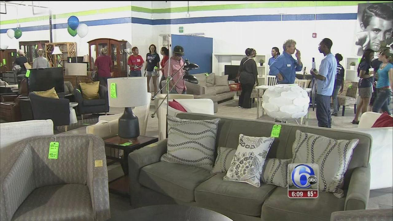 VIDEO: Habitat for Humanity opens new ReStore in South Philly