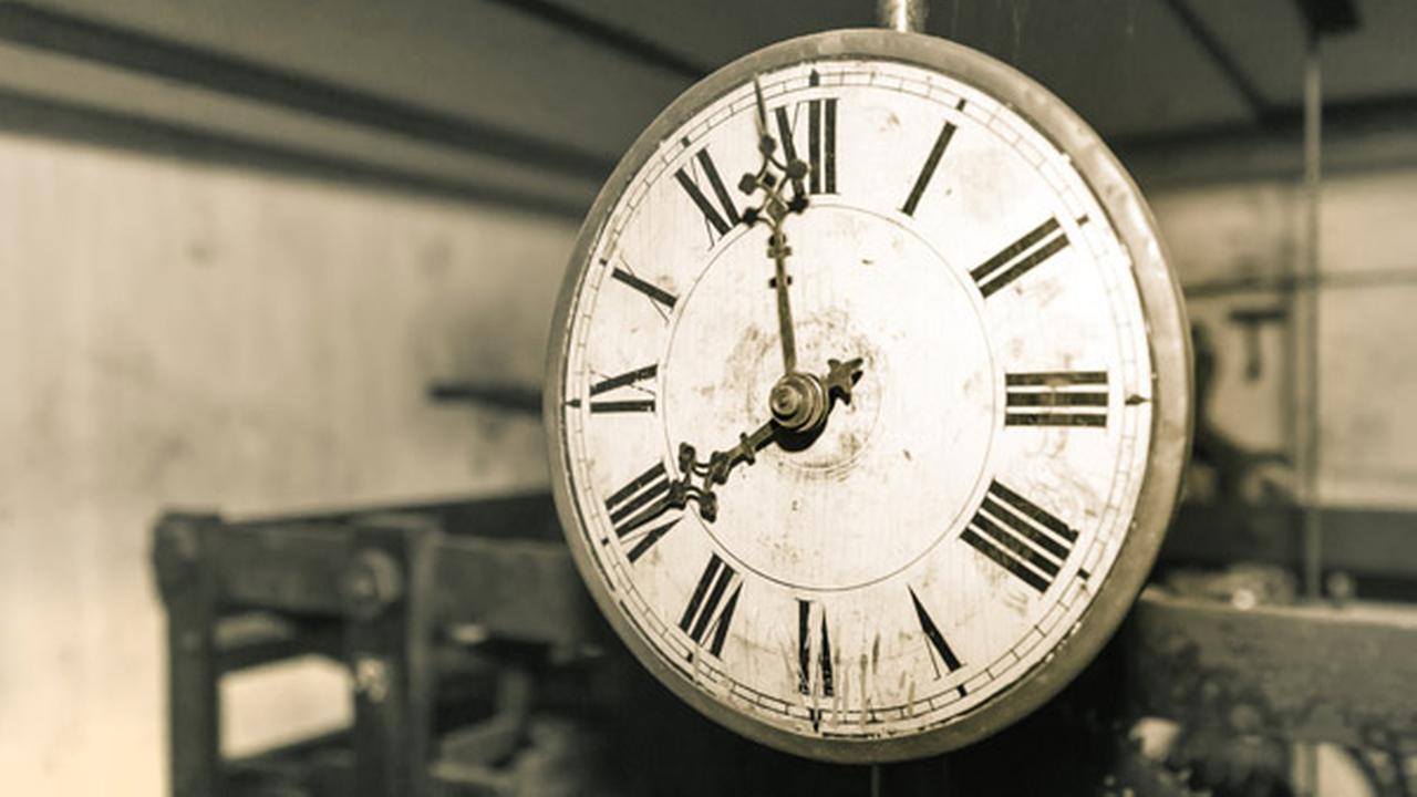 Experts say leap second is a lot like leap year, only a whole lot shorter. (Shutterstock Image)