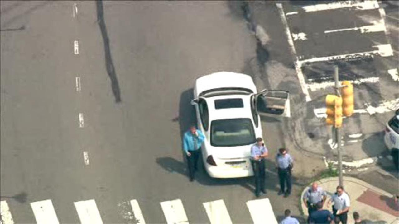 2 men in custody after bank robbery in Frankford