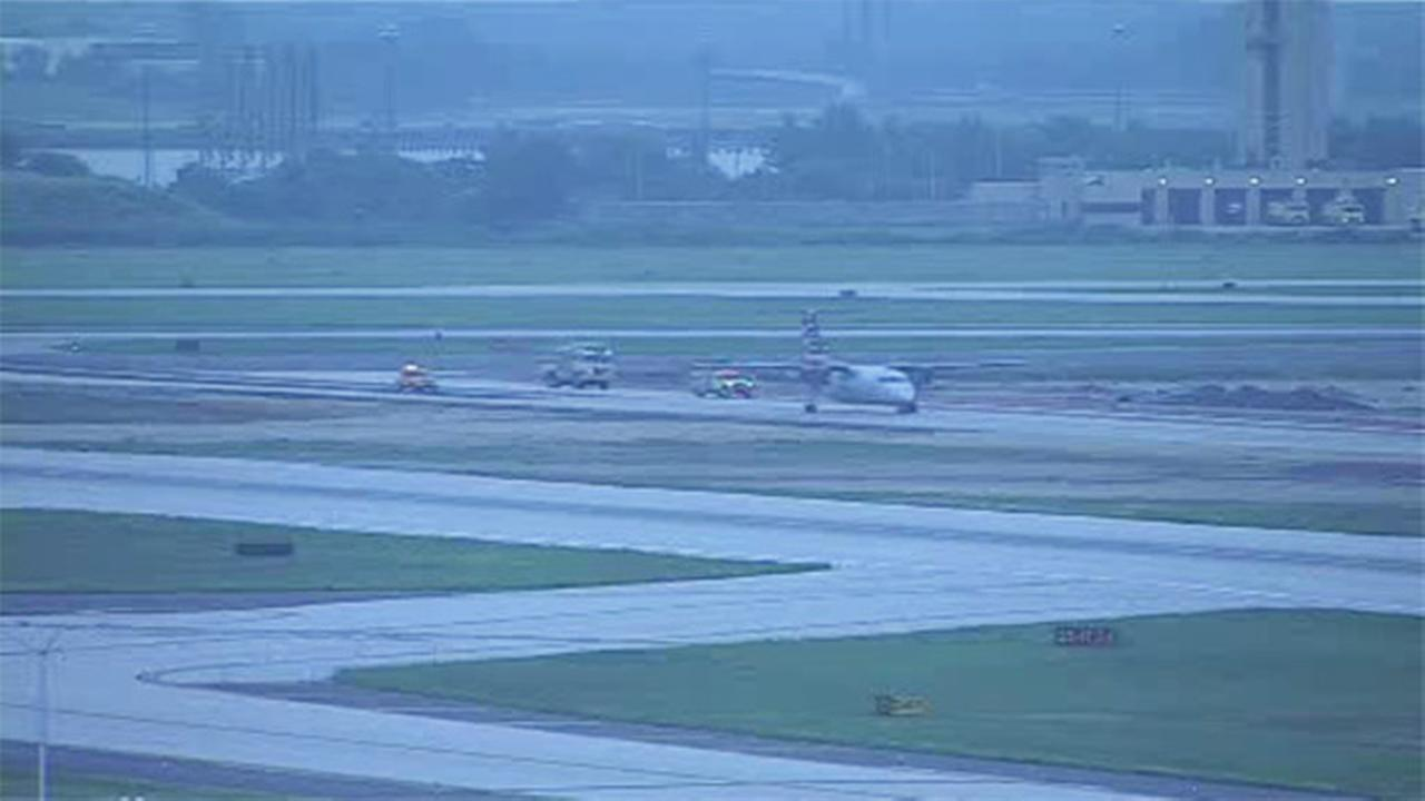 Plane reports problem prior to landing at Philly Airport