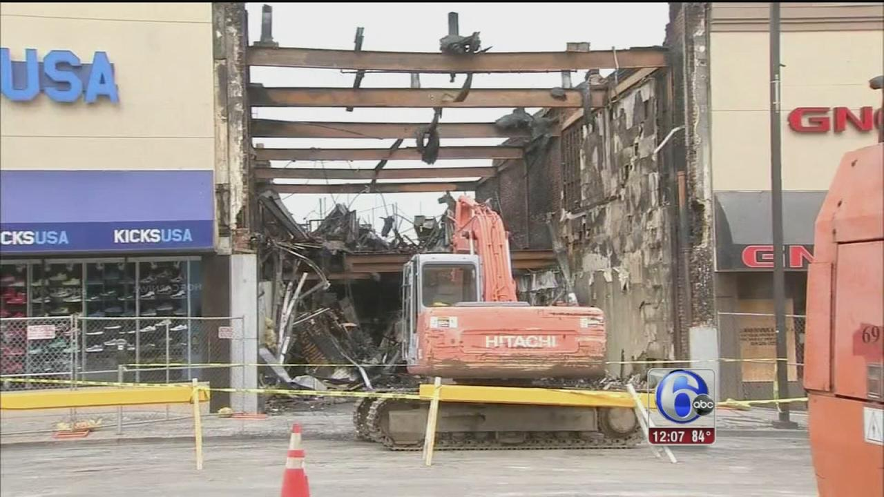 VIDEO: Cleanup continues after Upper Darby fire
