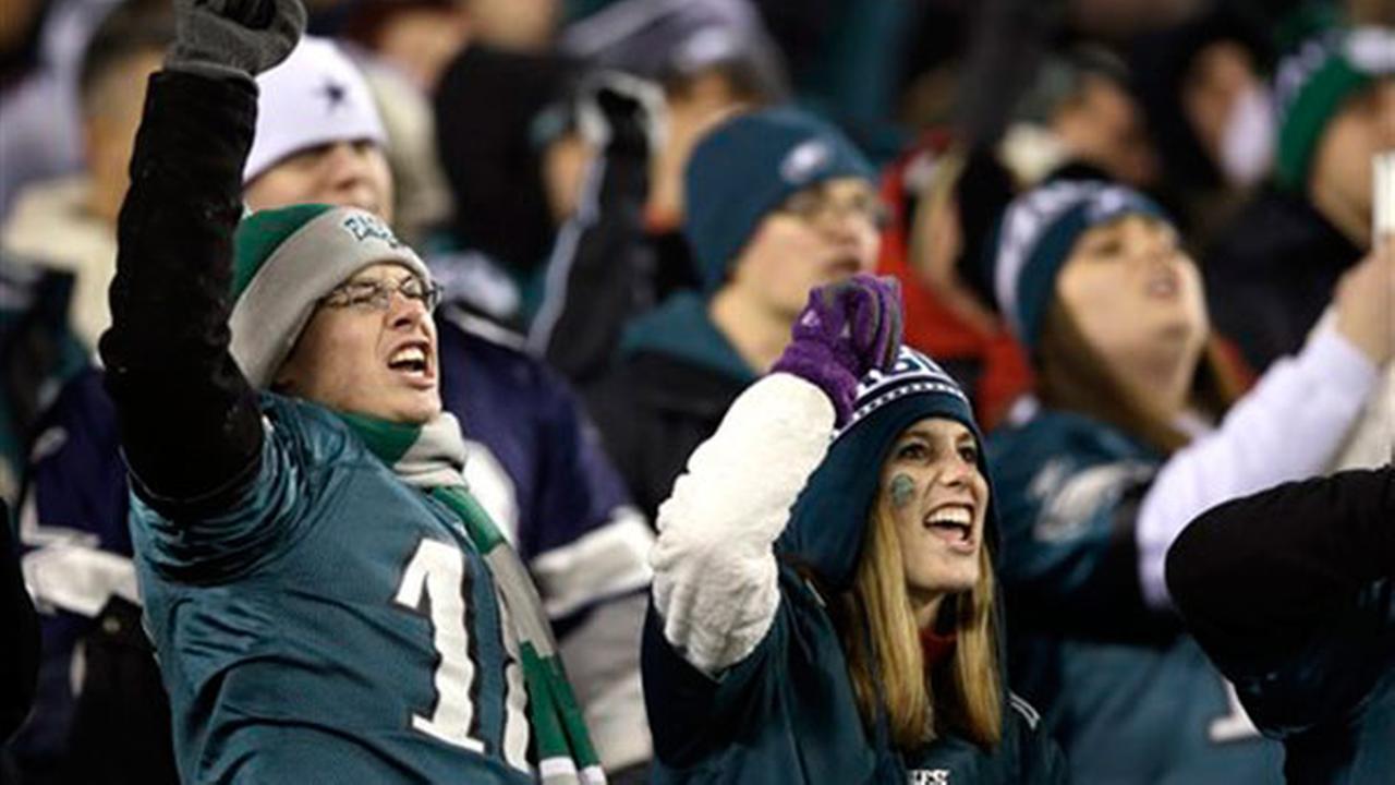 Survey: Cowboys fans No. 1 in the NFL, Eagles fans No. 11