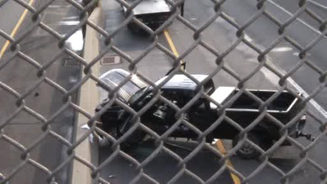 2 injured in New Jersey Turnpike collision