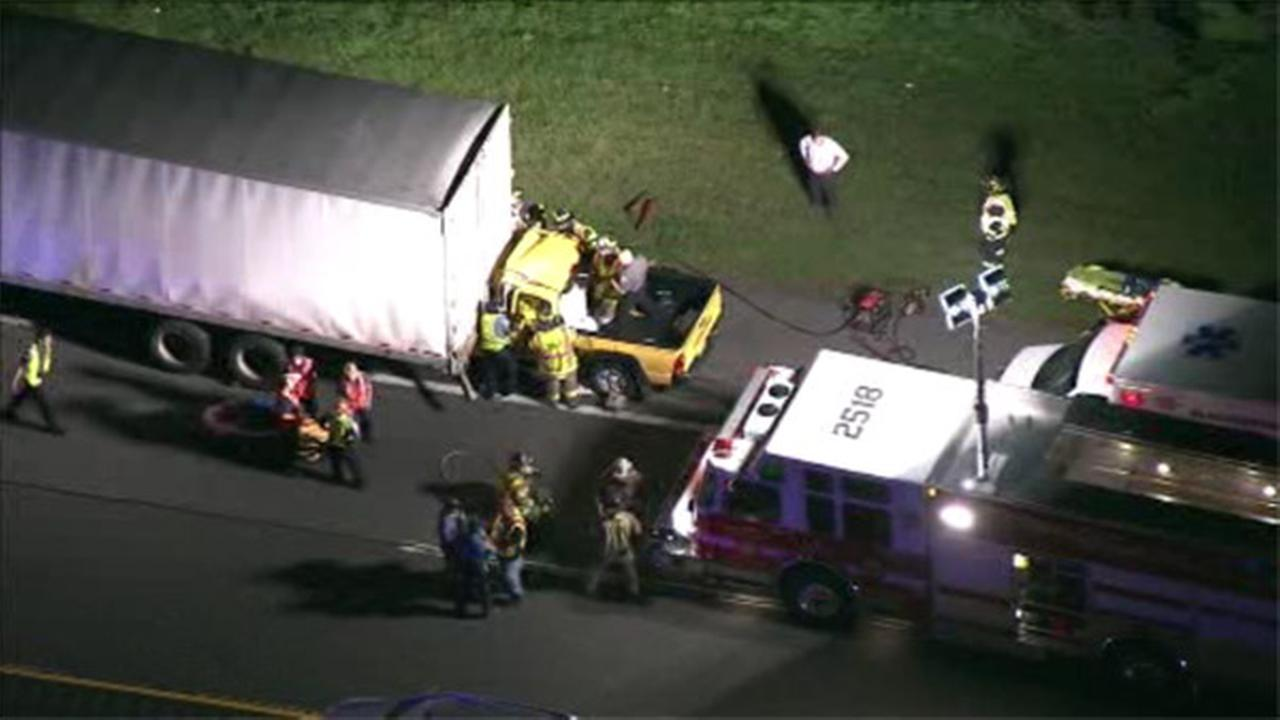 Pickup truck slams into rear of tractor trailer on NJTP