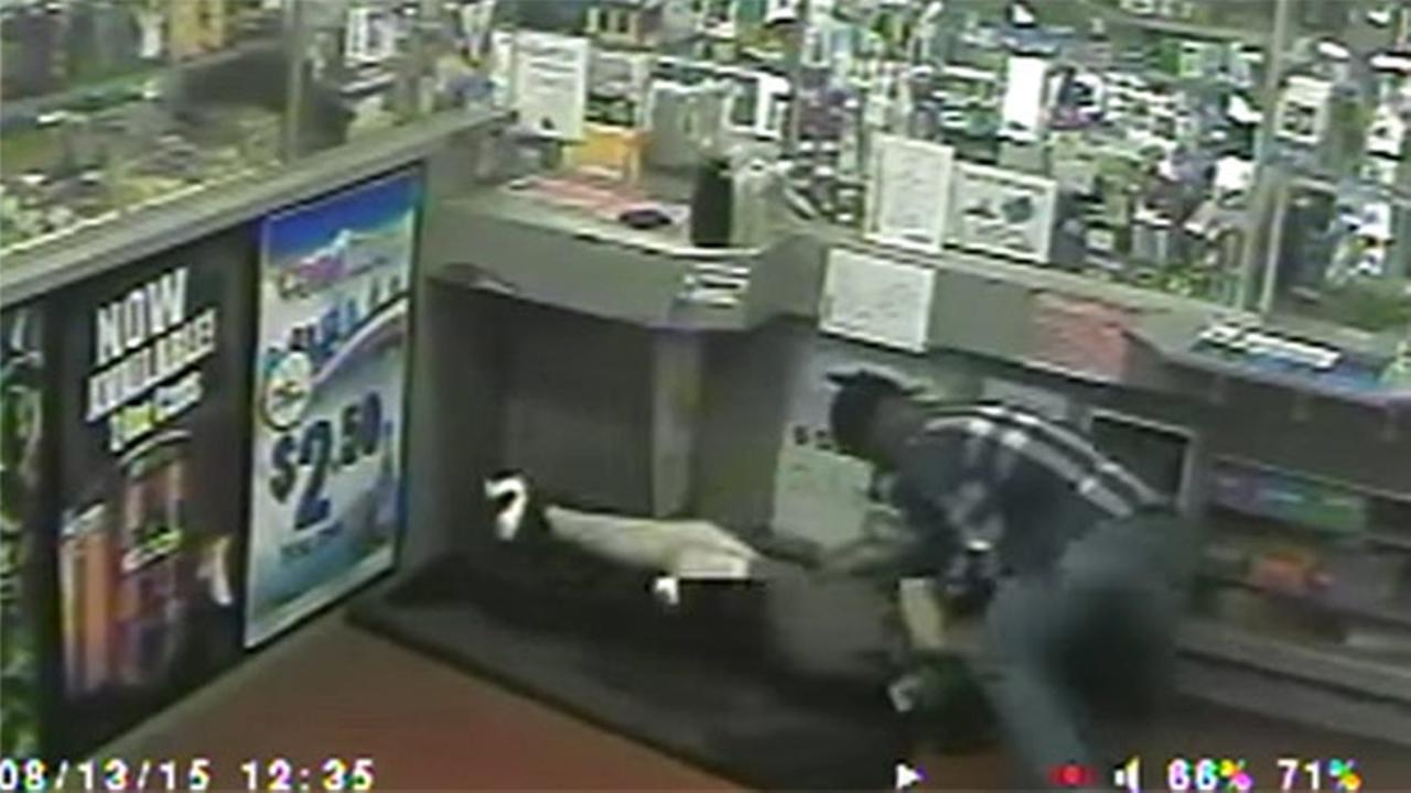 Violent struggle with robbery suspect caught on camera in West Phila.