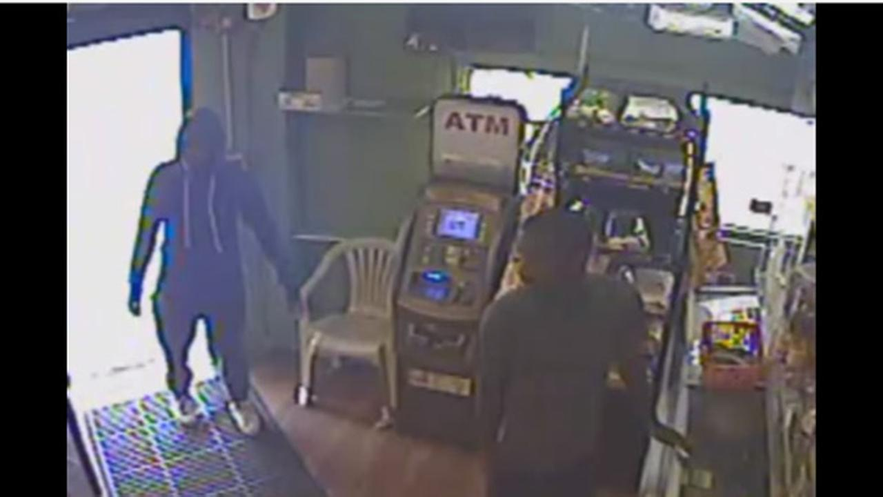 2 men sought in armed robbery of Port Richmond market