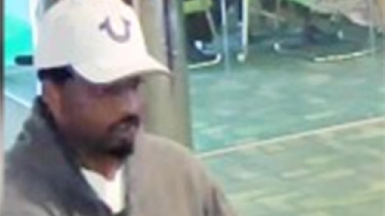 Police search for man who robbed Old City bank