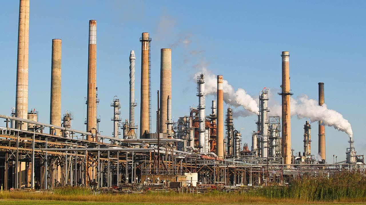 Chemical leak reported at Delaware City refinery