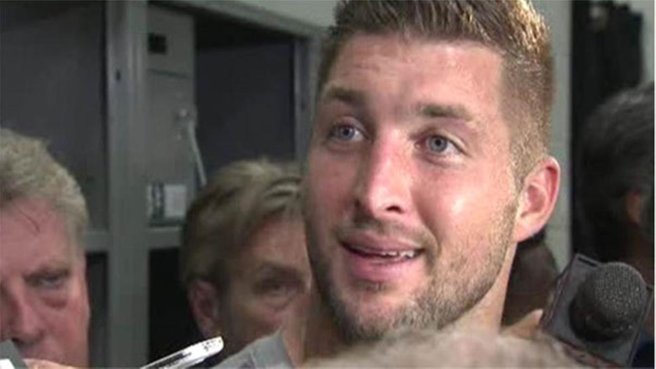 Sources: Eagles release Quarterback Tim Tebow