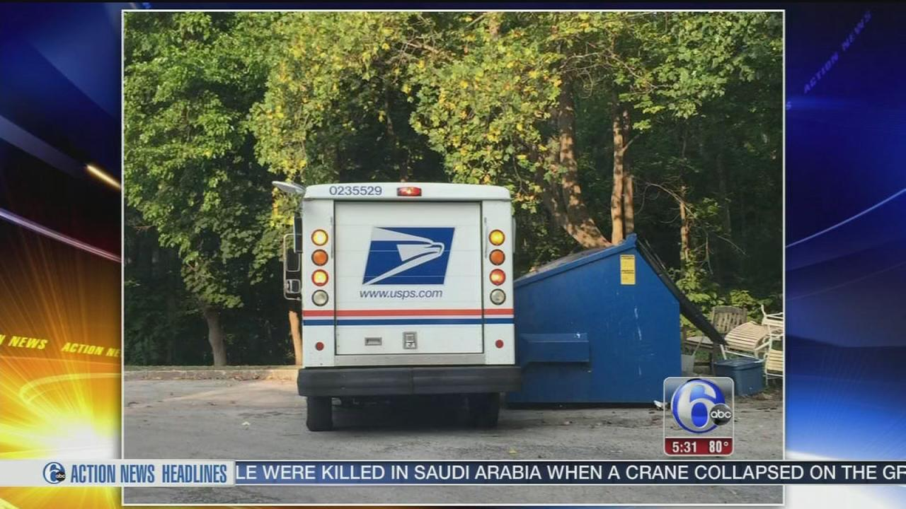 VIDEO: Mailman tosses deliveries