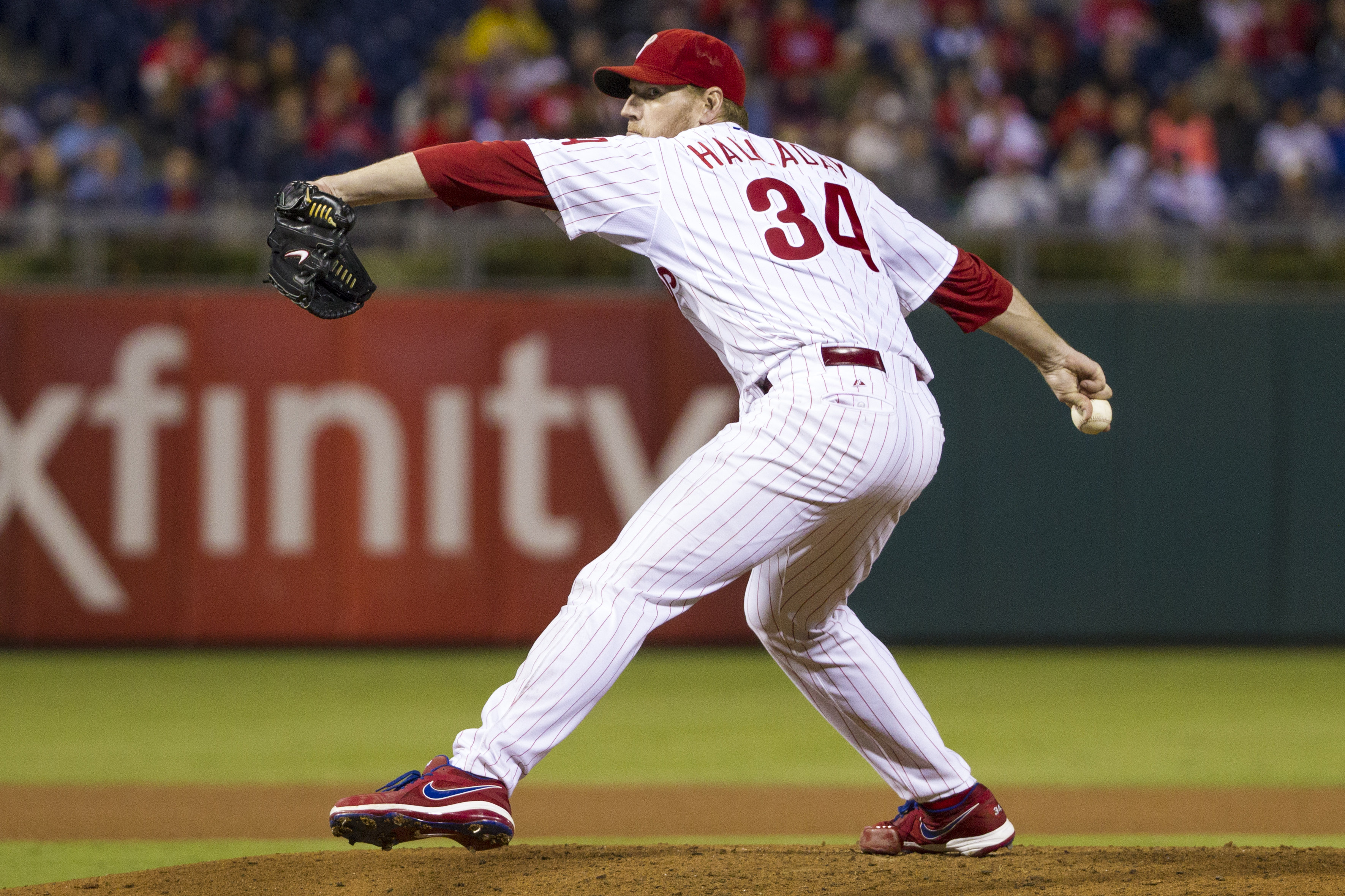 Roy Halladay on the mound for the Phillies in September 2013.