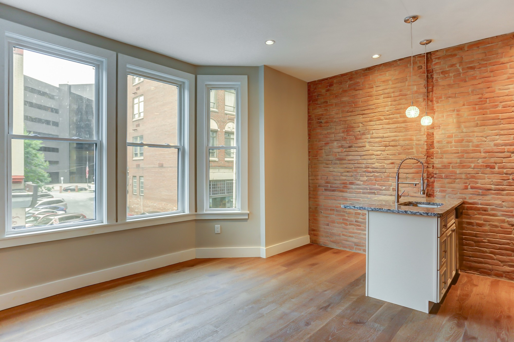 211 Walnut St. | Photos: Zumper