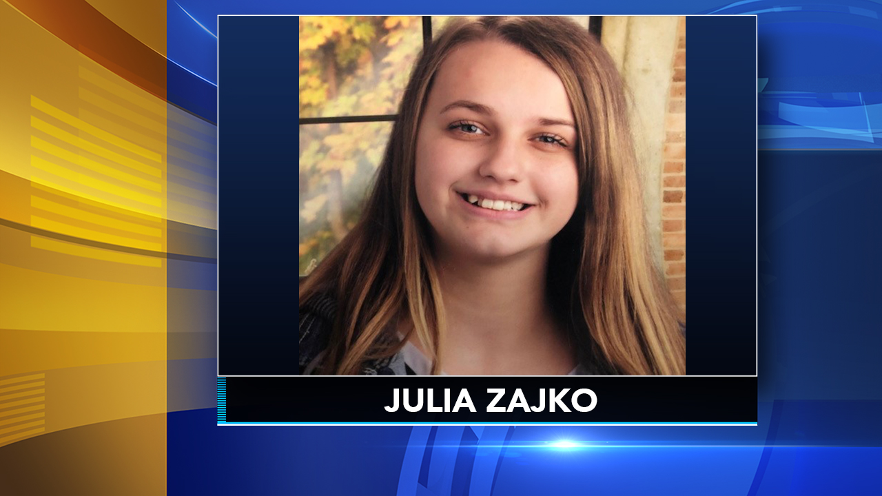 Philadelphia police search for missing 15-year-old girl.