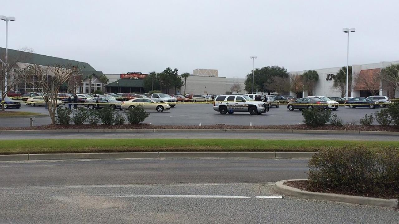 Elderly woman shot at Myrtle Beach mall shooting
