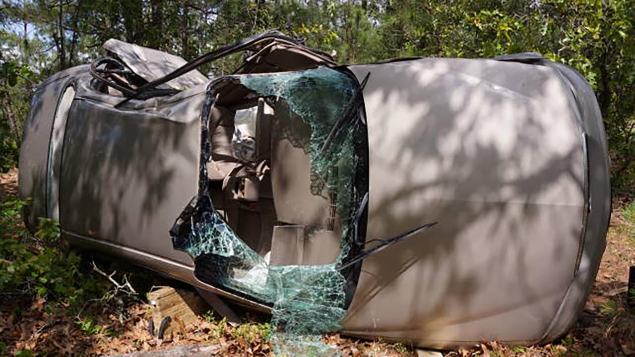 Teen flown to UNC Hospital after bad wreck in Harnett County