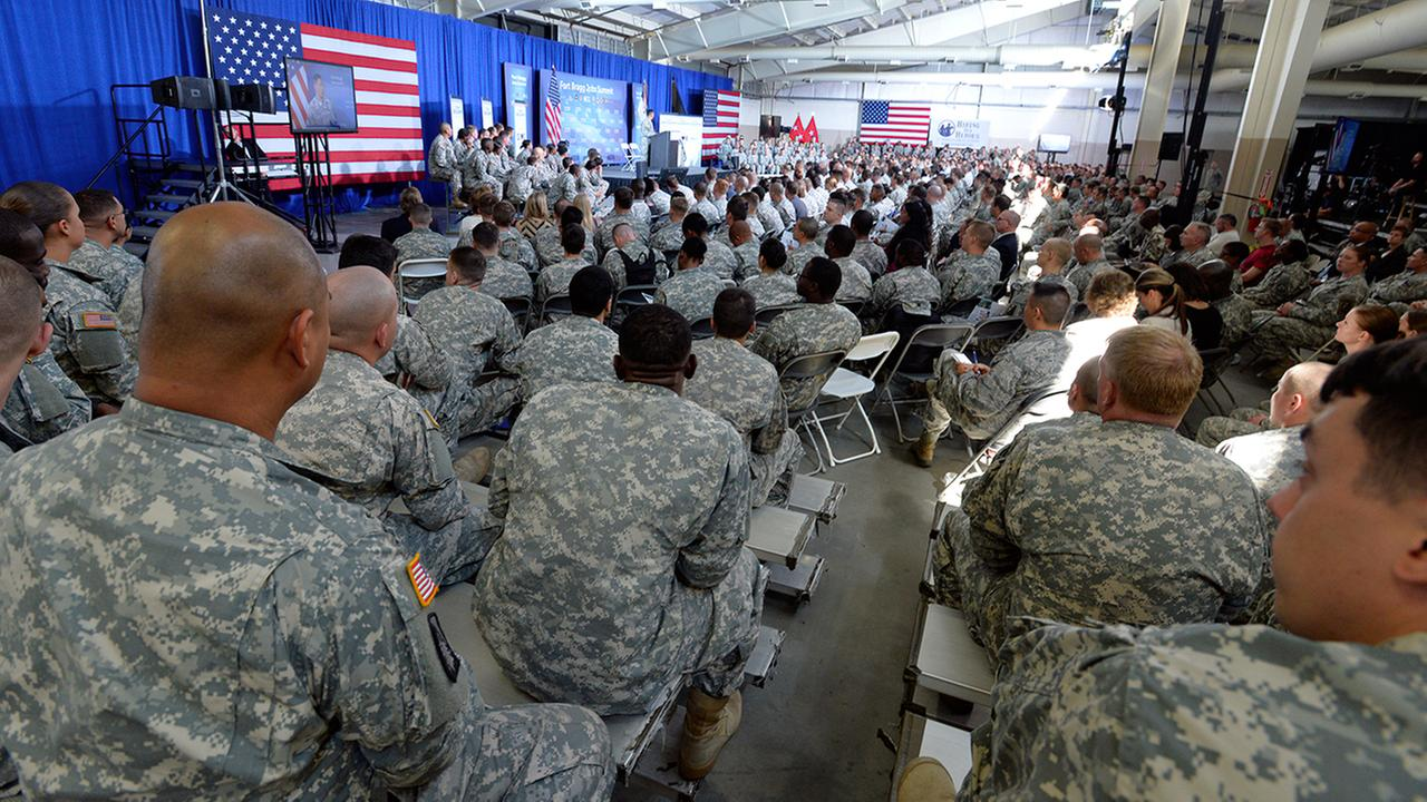 More than 1,500 service members, veterans, and military spouses attend the Fort Bragg Veterans Jobs Summit on Wednesday, August 13, 2014 at Fort Bragg, N.C.