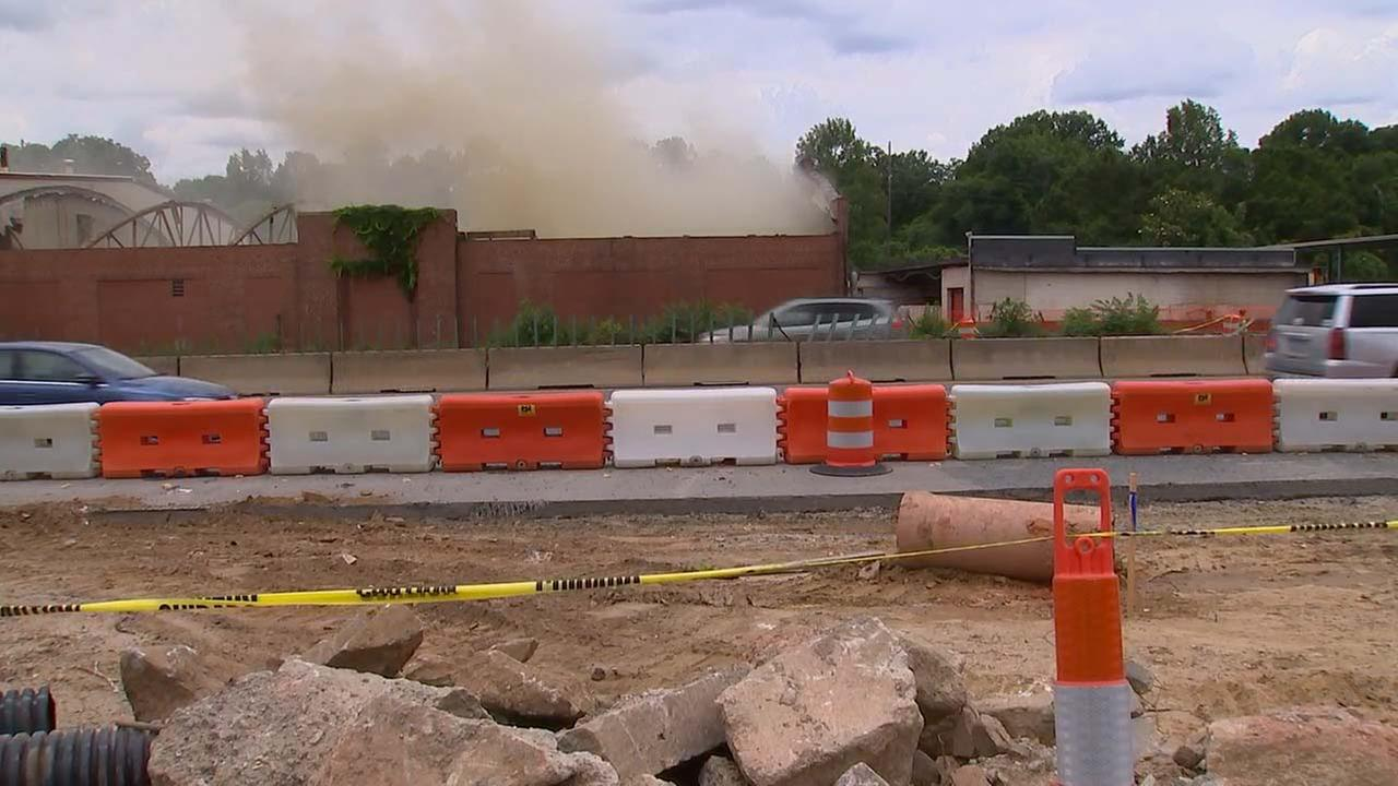 Commercial building fire off Capital Boulevard in Raleigh