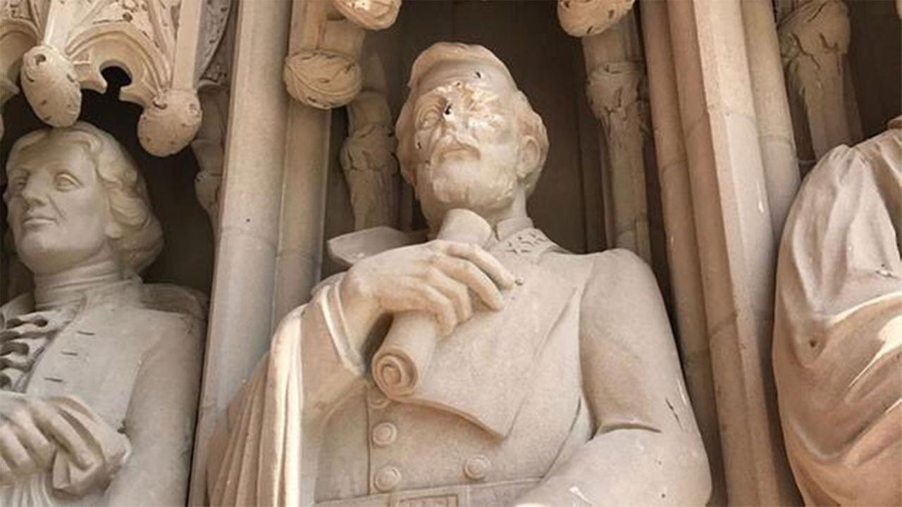 Robert E.Lee