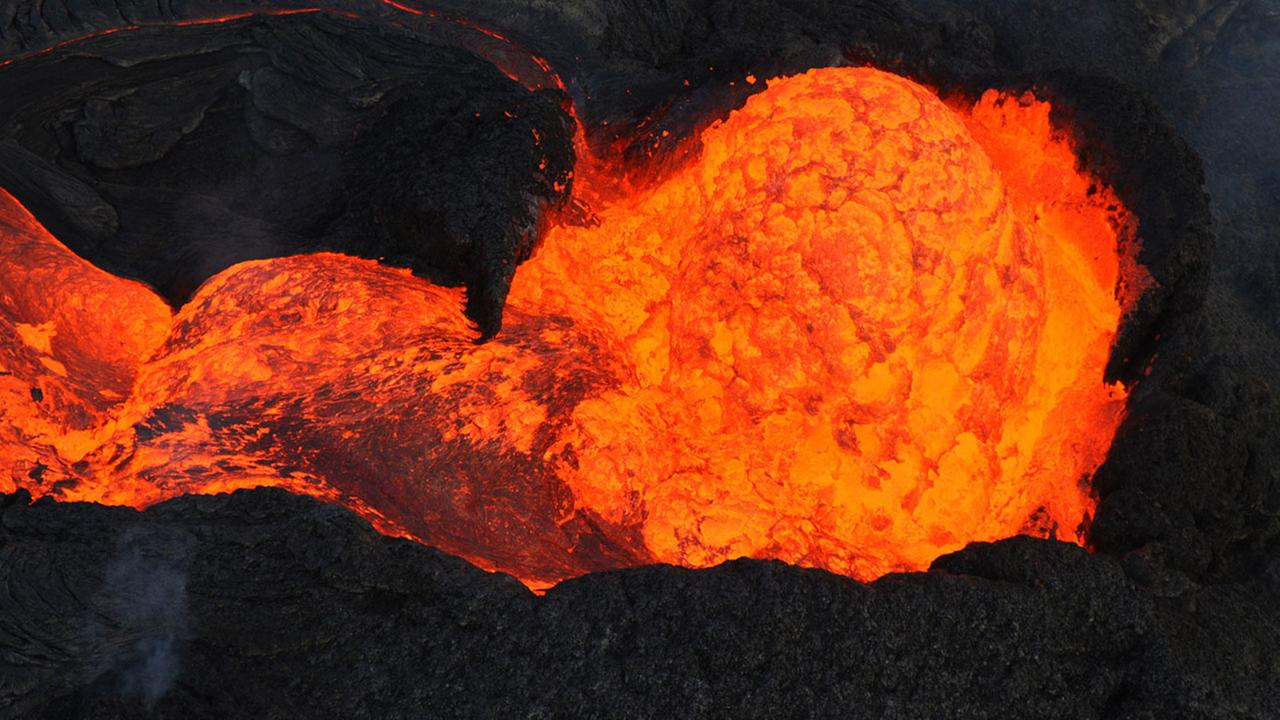 Lava oozing from Kilauea volcano