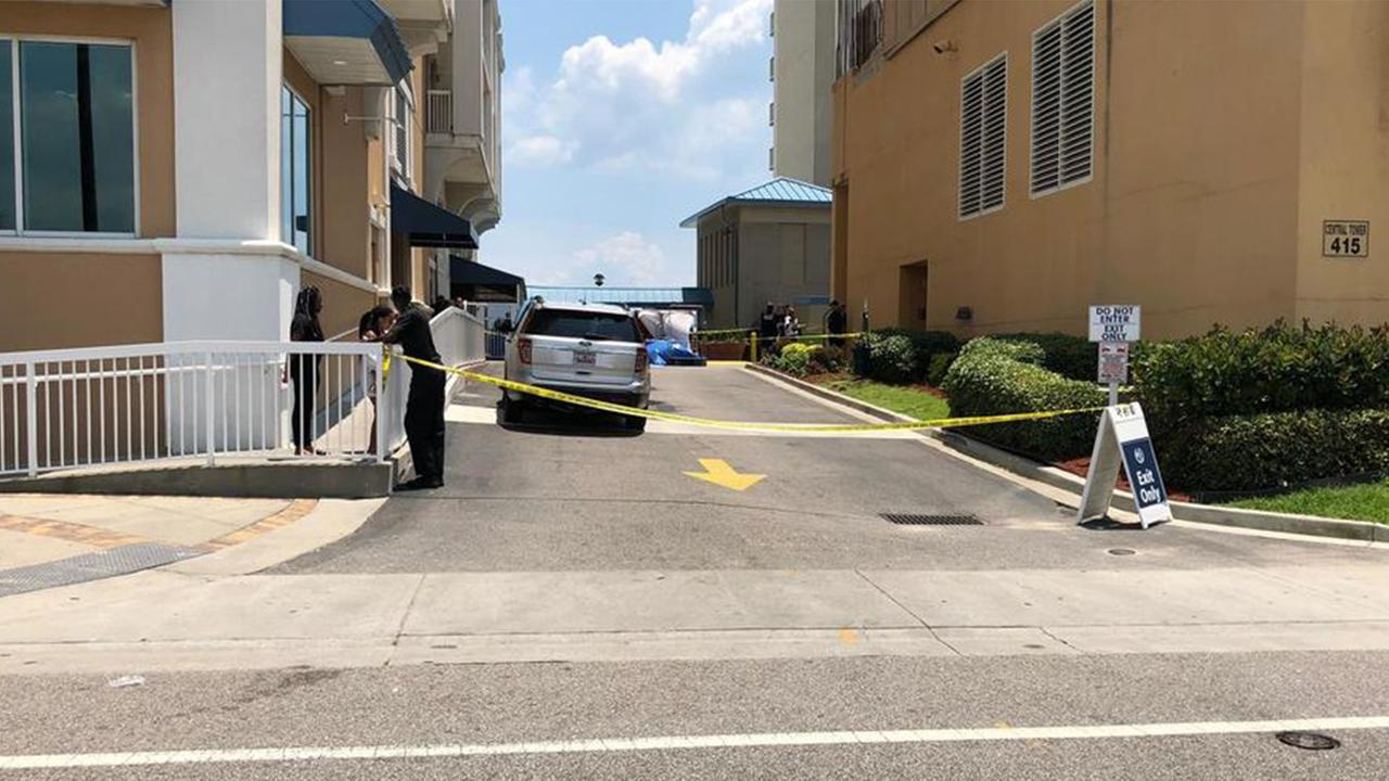 Police: Woman dead after falling from Myrtle Beach hotel balcony