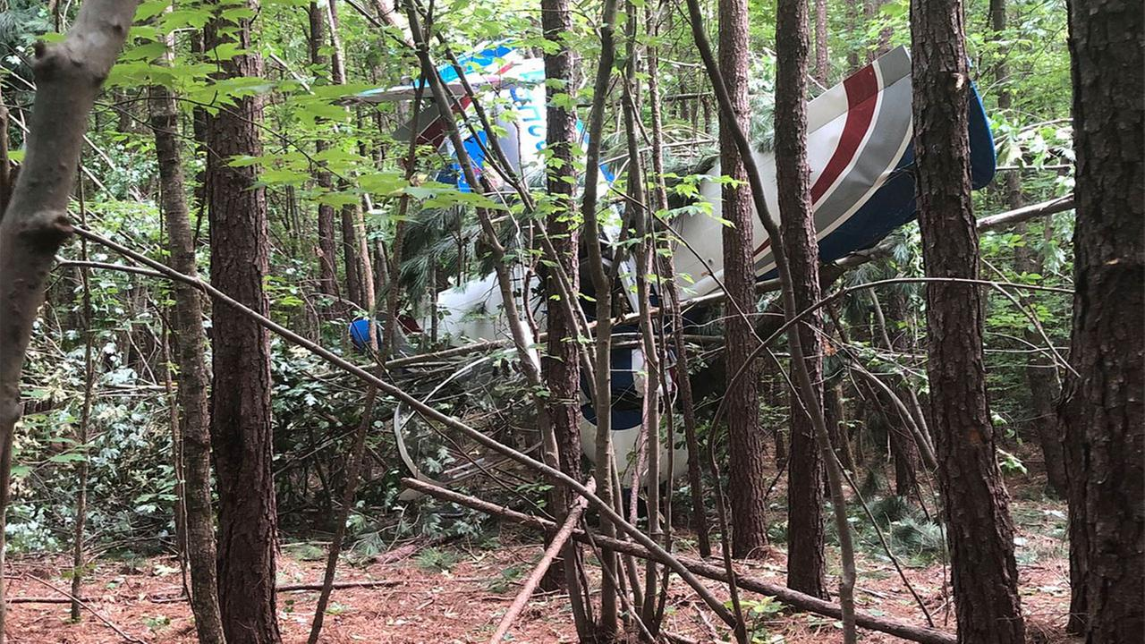 Pilot suffers minor injury after plane crash near Louisburg airport