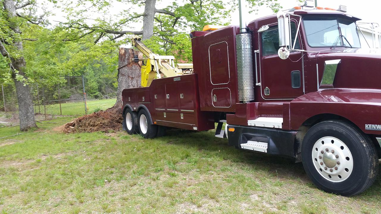 This wrecker was stolen from Lloyds Body Shop in Efland