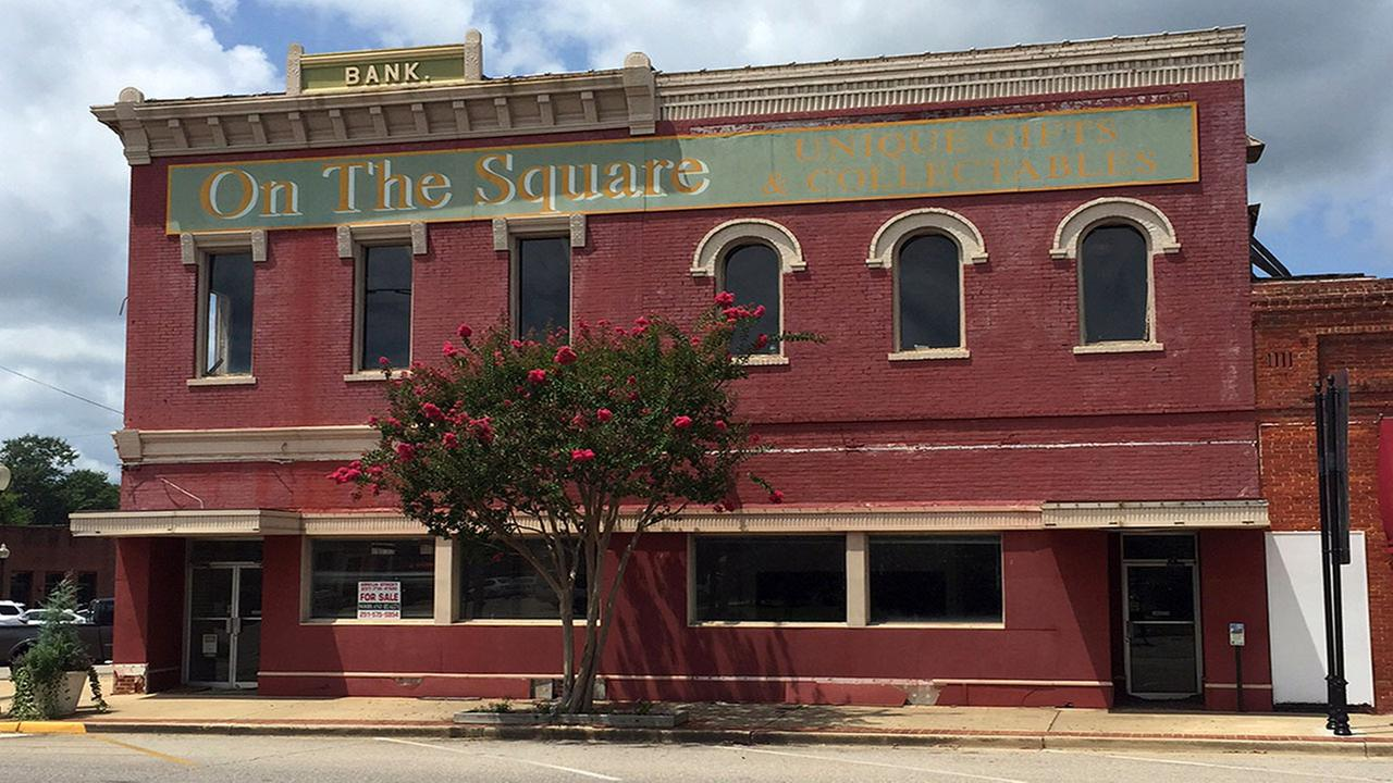 The old bank building that once housed the office of author Harper Lees father A.C. Lee on the courthouse square in Monroeville, Ala.