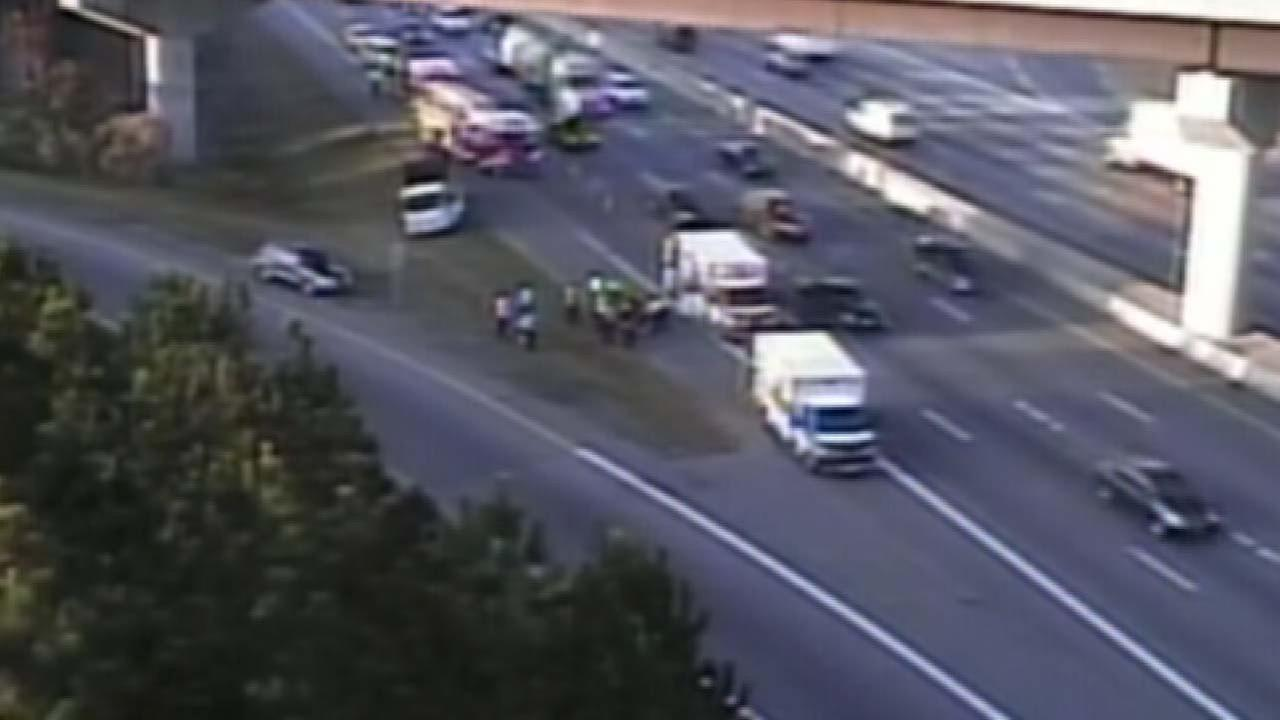 Man dies after jumping from I-40 overpass in Durham