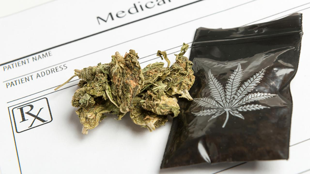 IL House approves bill allowing medical marijuana for students