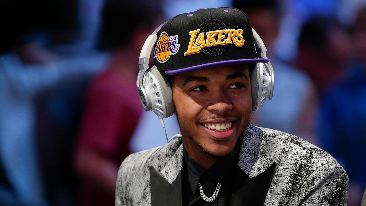 Dukes Brandon Ingram is heading to the Lakers.