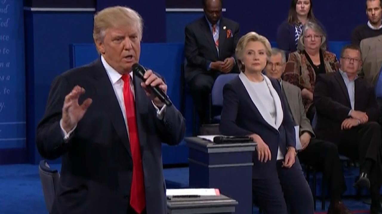 Donald Trump and Hillary Clinton debate.