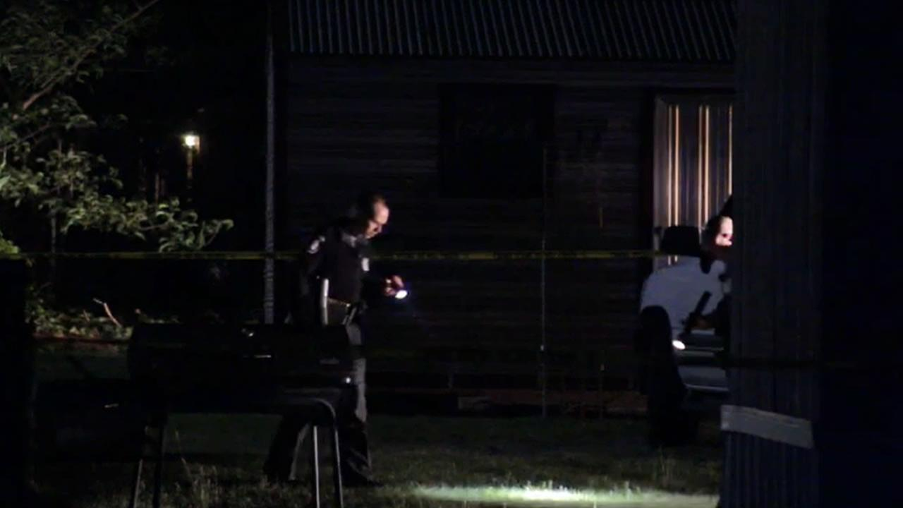 Wayne County Sheriffs Office detectives investigate.