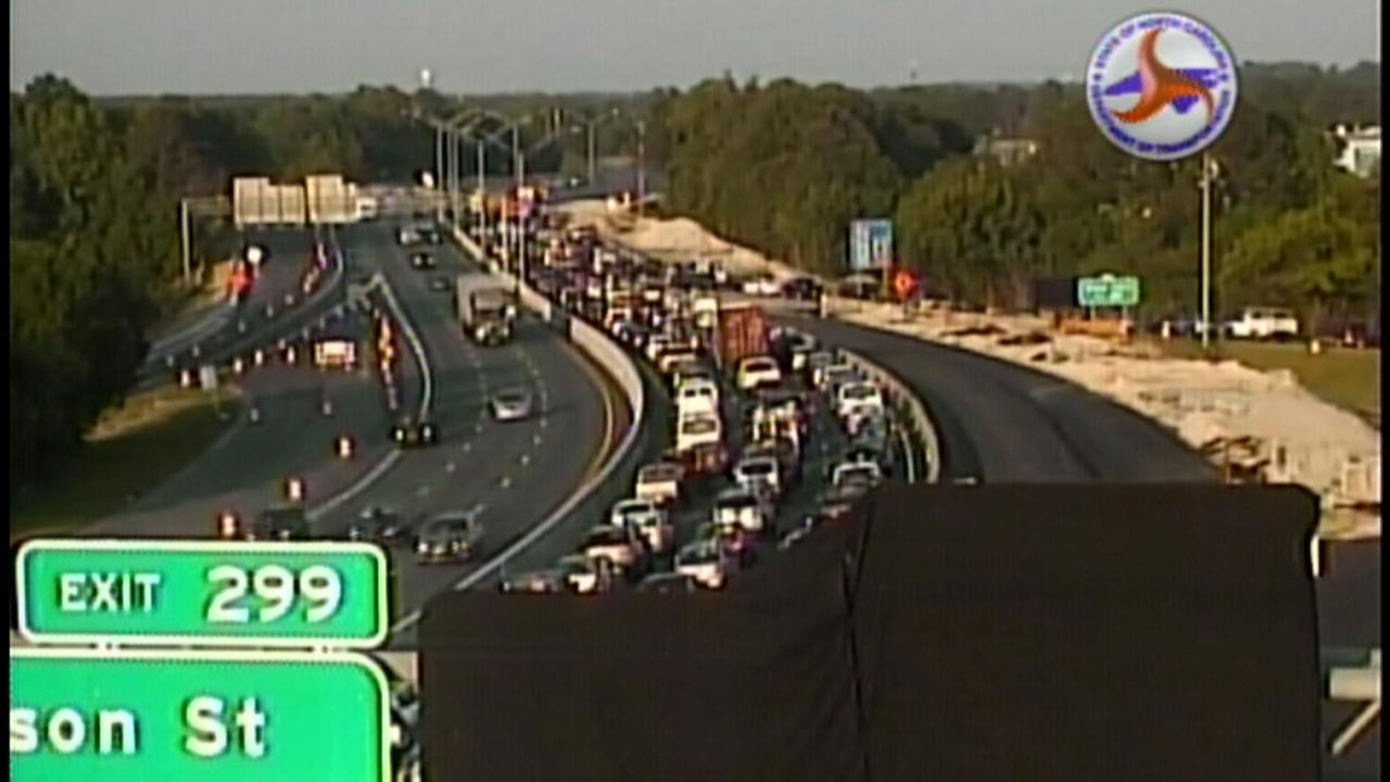 Traffic is backed up on I-40 at Hammond.