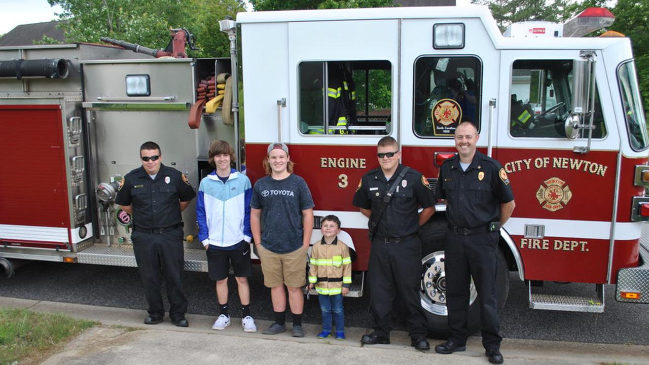 Child invites NC firefighters to cookout, they show up