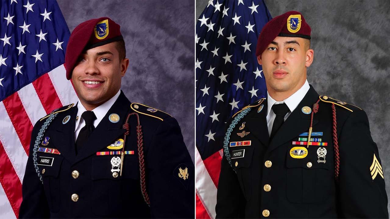 Spc. Chris Harris, left, and Sgt. Jonathon Hunter