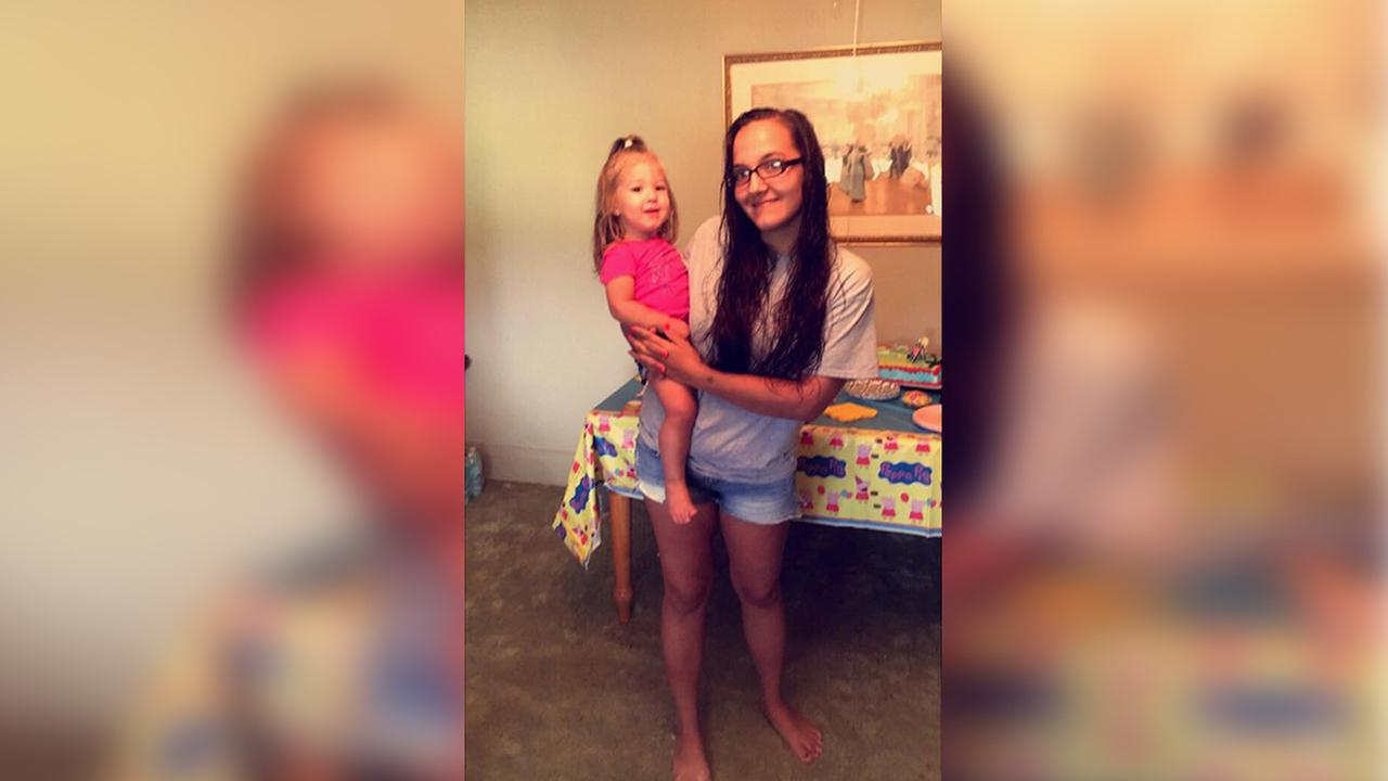 Brandi Rashaw and her daughter, Braylee Rashaw