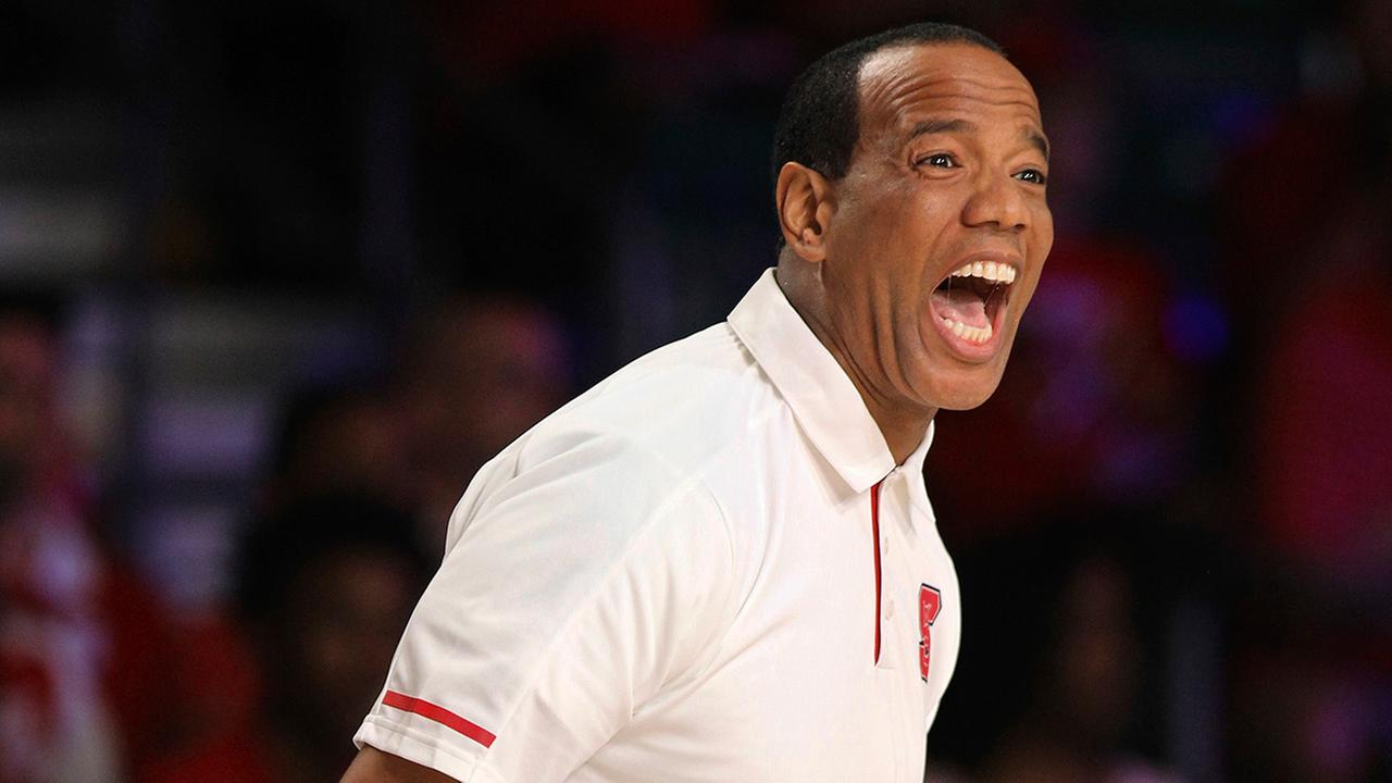 Kevin Keatts suffered his first loss as Wolfpack coach on Thanksgiving Day.