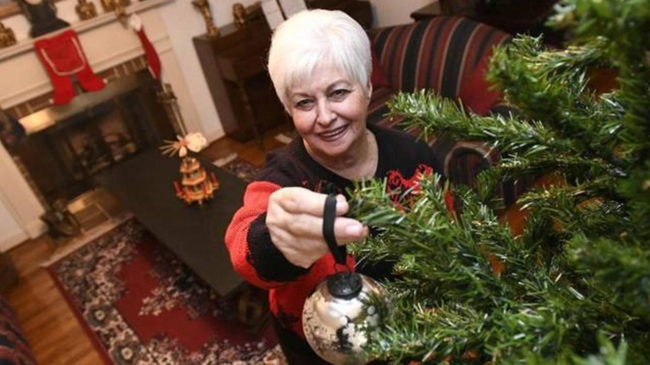 Charlotte grandma uses Nextdoor to find Christmas boyfriend