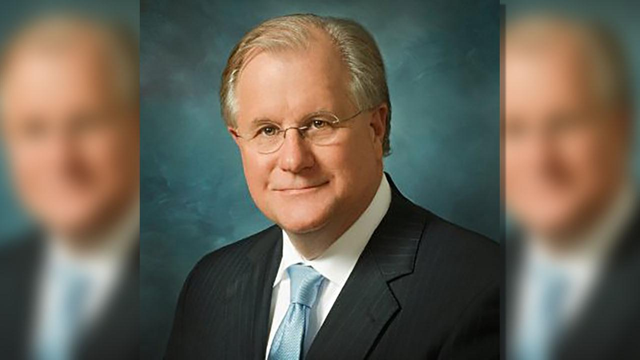 Dr. Del Burns