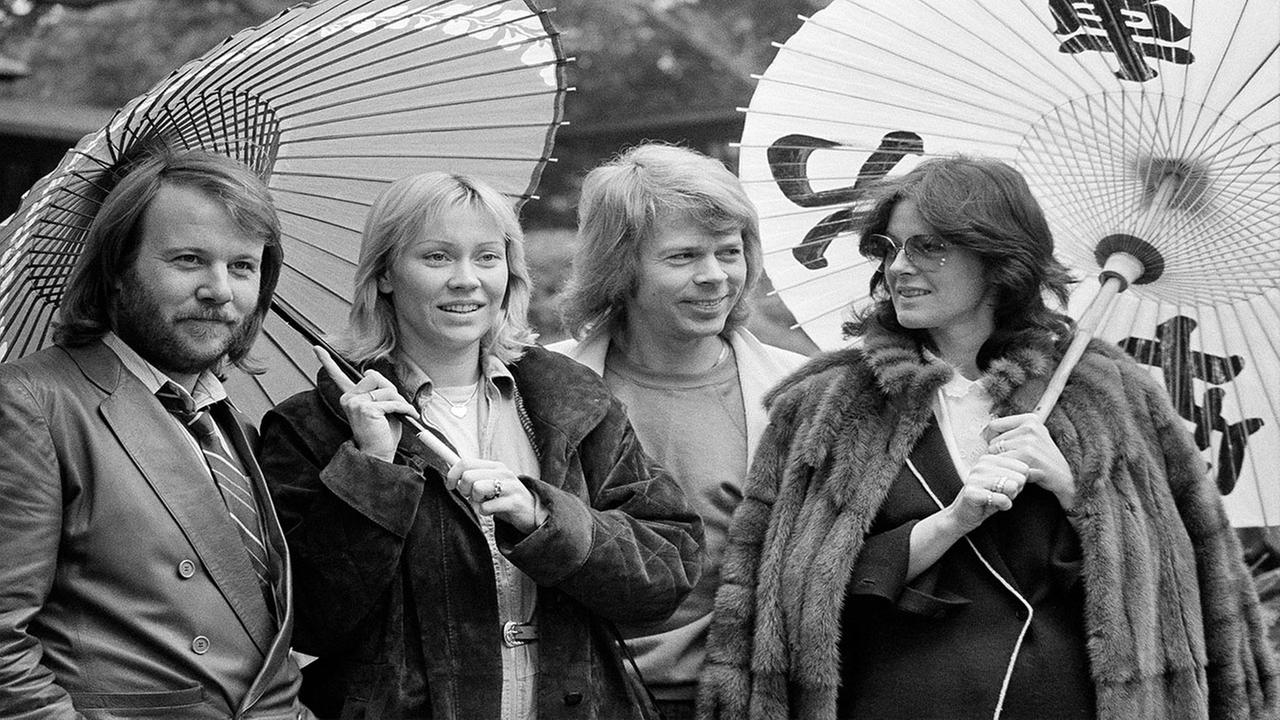 ABBA in the Japanese garden of their hotel in Tokyo circa 1980
