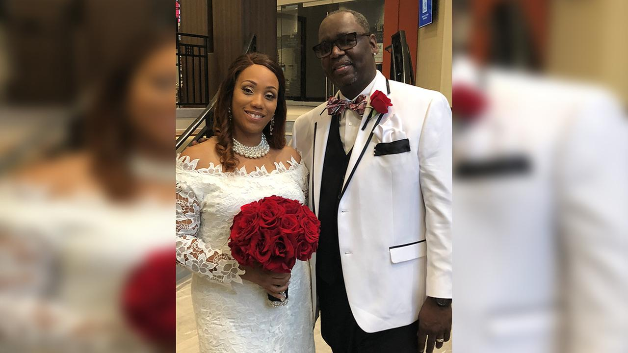 Couple doesnt let Florence stop them from tying the knot