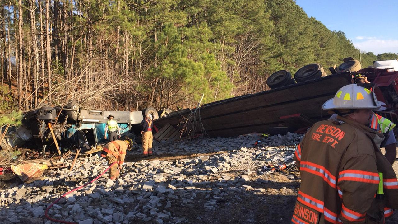 I-40 fatal tractor trailer crash