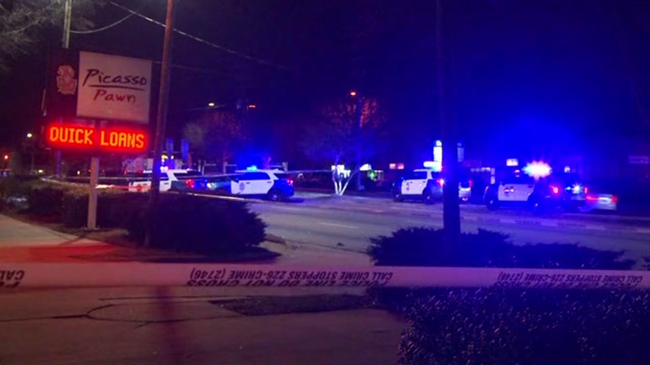 Pedestrian fatally struck on S. Saunders Street in Raleigh