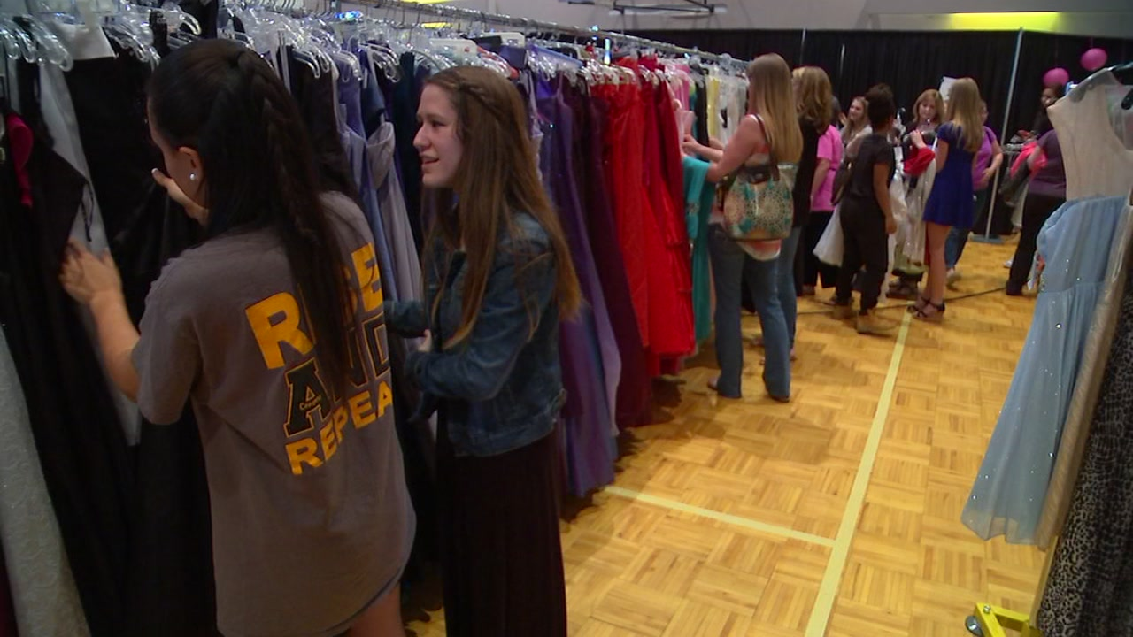 Apex United Methodist Church is preparing to host its annual Prom Shoppe March 15 and 16.