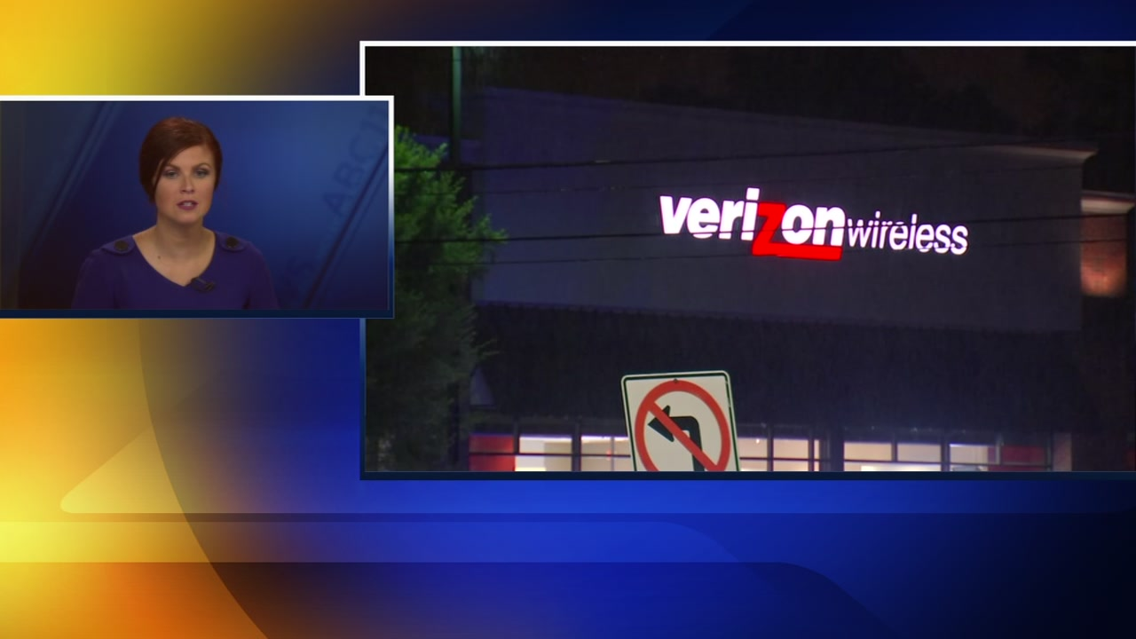 2 arrested after attempted Verizon store robbery in Apex