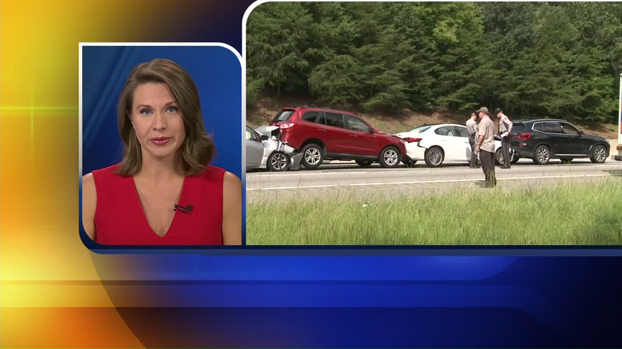 Multi-car pileup causes traffic jam in Orange County