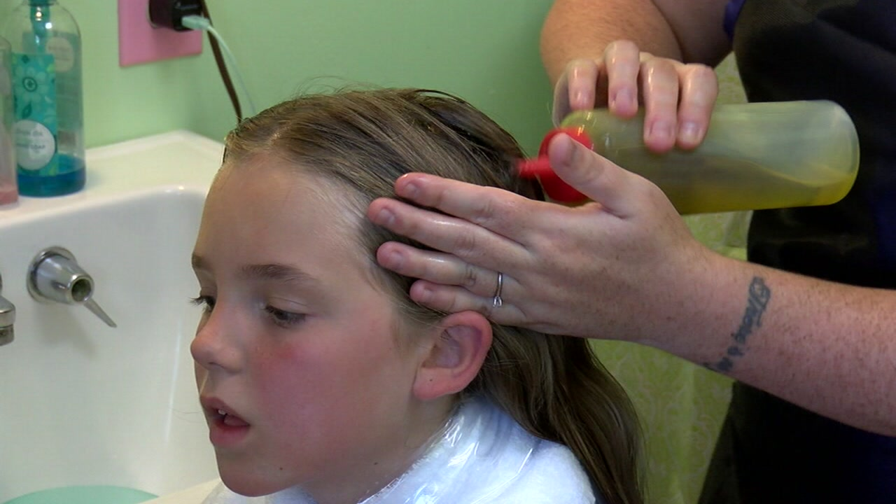 The ladies at Lucky Lady Lice Removal have a secret tip on how to remove lice from your hair